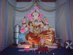 enchanting religious decoration design ideas using ganesh