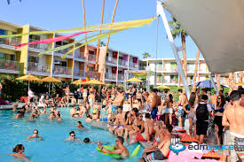 house pool party splash house announces its summer 2015 pool party lineups