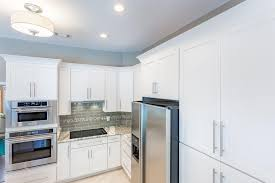 How To Put Crown Molding On Kitchen Cabinets by Best 20 Painting Kitchen Cabinets Ideas On Pinterest Painting