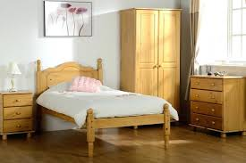 Whitewashed Bedroom Furniture White Pine Bedroom Furniture 5 Reasons To Choose Pine Bedroom