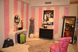 audrey hepburn home decor dressing room from audrey hepburn era decorating for your