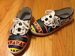 tribal print painted white canvas shoes diy done hipster
