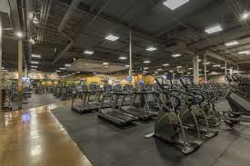 Gyms Hiring Front Desk Montclair Ca Gym At Montclair Plaza Gold U0027s Gym
