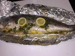 cuisiner un saumon entier saumon entier cuit au four mon univers culinaire