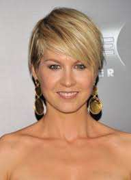 short hairstyles with side swept bangs for women over 50 short haircut with side bangs hairstyle ideas in 2018