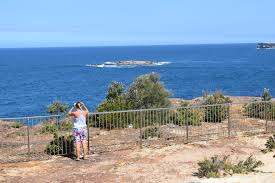wedding cake island bondi to coogee coastal walk route sydney