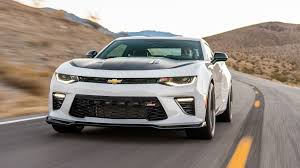 chevrolet com camaro the right way to order a camaro 2017 chevrolet camaro 1le