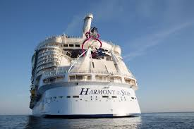 largest cruise ship in the world world u0027s largest cruise ship arrives in u s for the first time