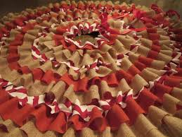 burlap tree skirt 10 interesting ways to make burlap christmas tree skirt guide