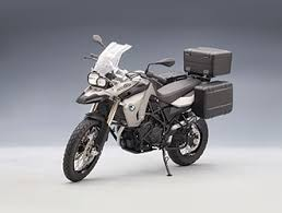 bmw f800gs motorcycle bmw f800gs diecast model motorcycle by autoart 10006 this bmw