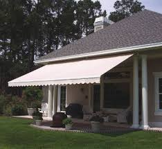 Rollout Awnings Best 25 Retractable Awning Ideas On Pinterest Retractable