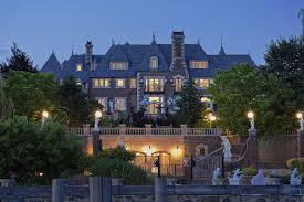 gatsby mansion live like the great gatsby in 100 million long island castle