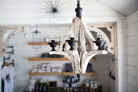Entry Chandelier Rustic Entry Chandeliers Quanta Lighting