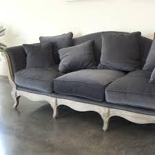 canapé hanjel pompadour canapé 3 places en cachemire pompadour gris orage hanjel decoclico