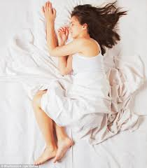 sleeping position can determine premature ageing or prevent