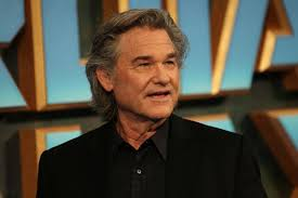 kurt russell will play santa claus in new movie for netflix