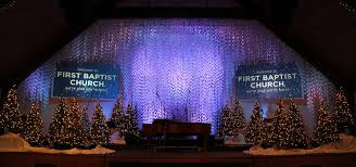 Church Stage Christmas Decorations Chained Christmas Church Stage Design Ideas