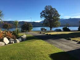 Lakeview Lawn And Landscape by Photo0 Jpg Picture Of Fiordland Lakeview Motel And Apartments