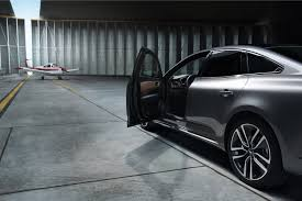 renault talisman 2017 interior 2016 renault talisman stands out with bold design and improved