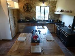 cuisiniste nimes gard cuisine en chêne plan travail granit