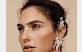 wearing ear cuffs gal gadot rocks ear cuffs by designer
