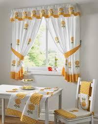 rideaux fenetres cuisine charmant rideau fenetre cuisine avec rideaux fenetres cuisine rideau
