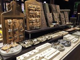 Fashion Jewelry Wholesale In Los Angeles About Us Bearfruit Jewelry