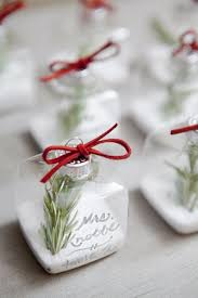 ornament favors 21 wonderful winter wedding gift and favors ideas place cards