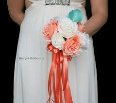 wedding flowers for bridesmaids the 25 best small bridesmaid bouquets ideas on simple