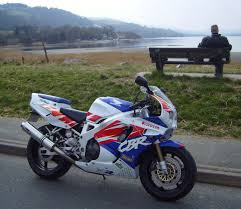 honda cbr 900 rr everyday superbikes edsbk honda cbr 900 rr fireblade