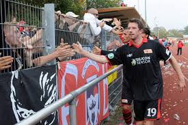 Dsc 0403 Jpg Aus Der Patsche Die Liga Zwei De Kolumne Die Fans