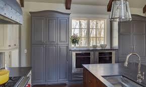 wood kitchen cabinets with grey walls 32 stylish ways to work with gray kitchen cabinets