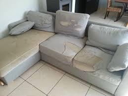 habiller un canapé tissus pour recouvrir canapé intérieur déco