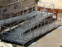 pedana per disabili re per disabili pedane elevatrici e scivoli per barriere