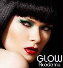 makeup school in professional makeup courses in toronto beauty school