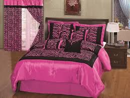 pink and zebra bedroom thro
