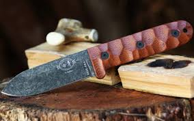 breaking smoky mountain knife works puts the new esee camp lore