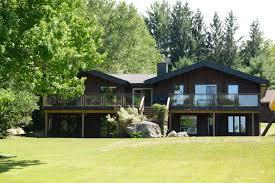 beach cottage woodington beach cottage jayne u0027s cottages luxury muskoka rentals