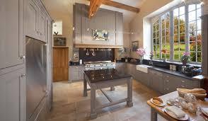 cuisine dans maison ancienne beautiful maison ancienne cuisine moderne gallery design trends avec