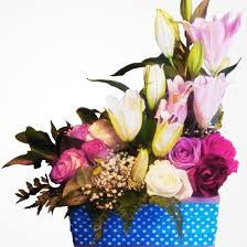 birthday flowers delivery qatar best deals and discounts order your flowers online and send