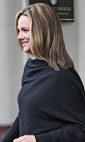 laura linney feathered hair laura linney wikipedia