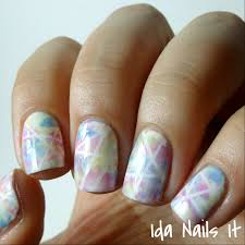 ida nails it paint all the nails presents pastel geometric