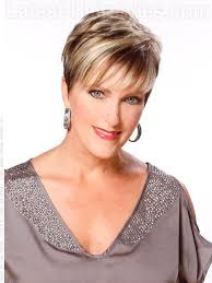 short hairstyle for older ladies hairstyles