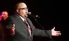 gospel singer songwriter fred hammond leaves grand rapids crowd