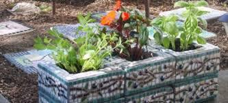 33 lovely cinderblock mosaic succulent planter ideas homedecort