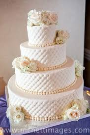 wedding cake no fondant wedding cake not a silver person so it would to be gold