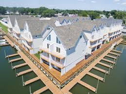 yachtsman u0027s cove new construction waterfront townhomes freeport