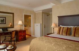 King Size Bed Hotel King Size Bed Granville Hotel Waterford