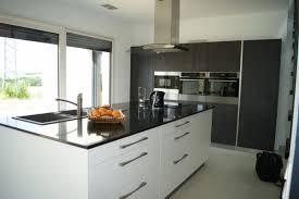 exposition cuisine cuisine service réalise tous types de cuisines et salles de bain