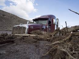 jeep stuck in mud cars stuck in the mud after california landslide business insider